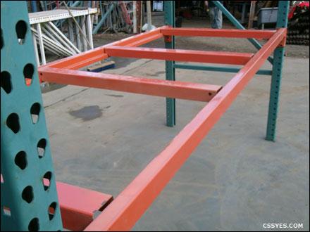 Pallet-Support-Inside-Flush-Slotted-Interlake-Beams-001-LG
