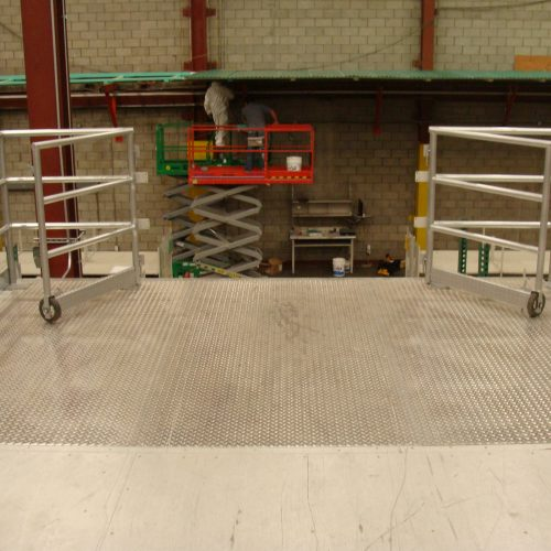 Shelving Catwalk 330