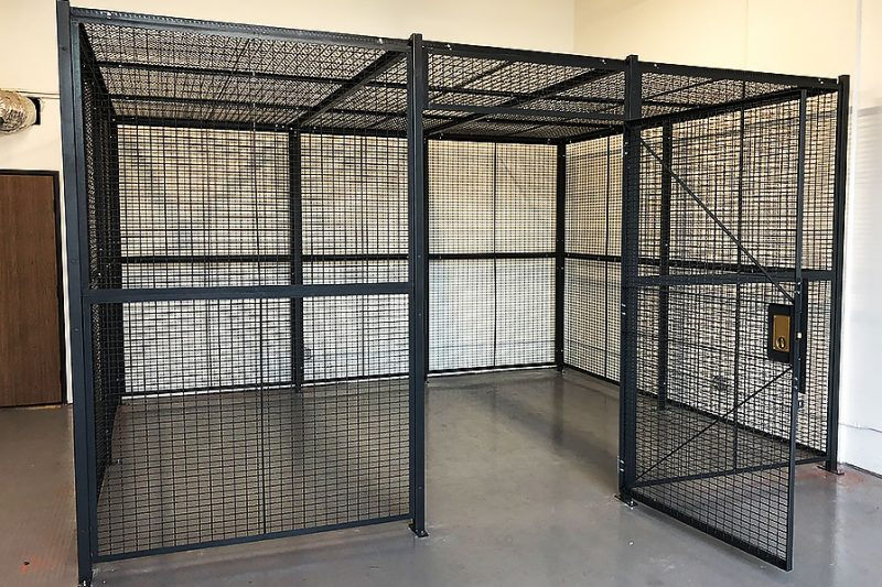 Wire Security Cage With Top Enclosure
