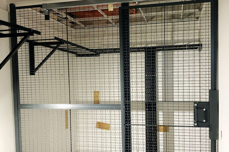 Server Room Security Cage For Retail Banking Category