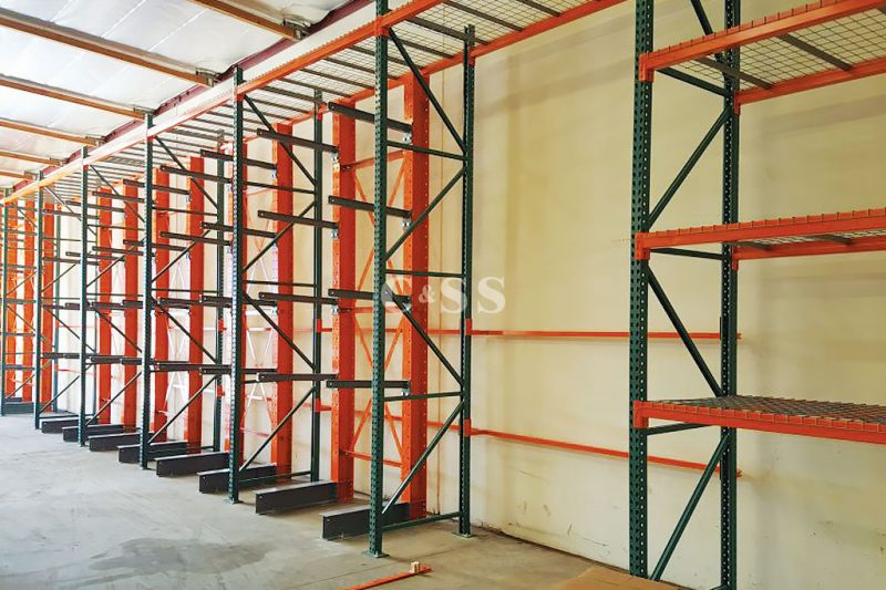 Cantilever Pallet Racking Helps With Employee Safety