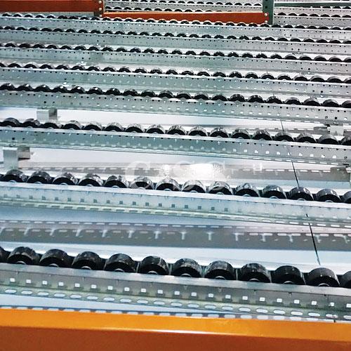 Heavy Duty Push Back Storage Ensures Forklift Safety