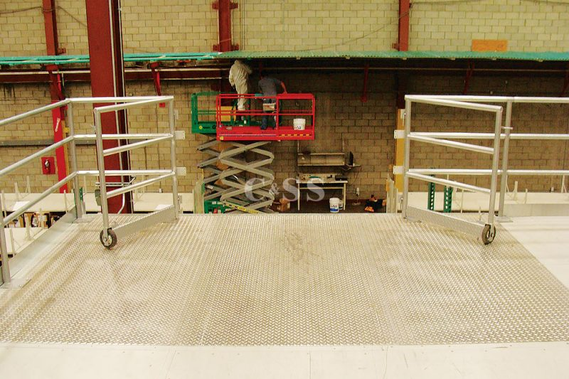 Fashion Business Uses Pallet Storage Rack For Fire Safety