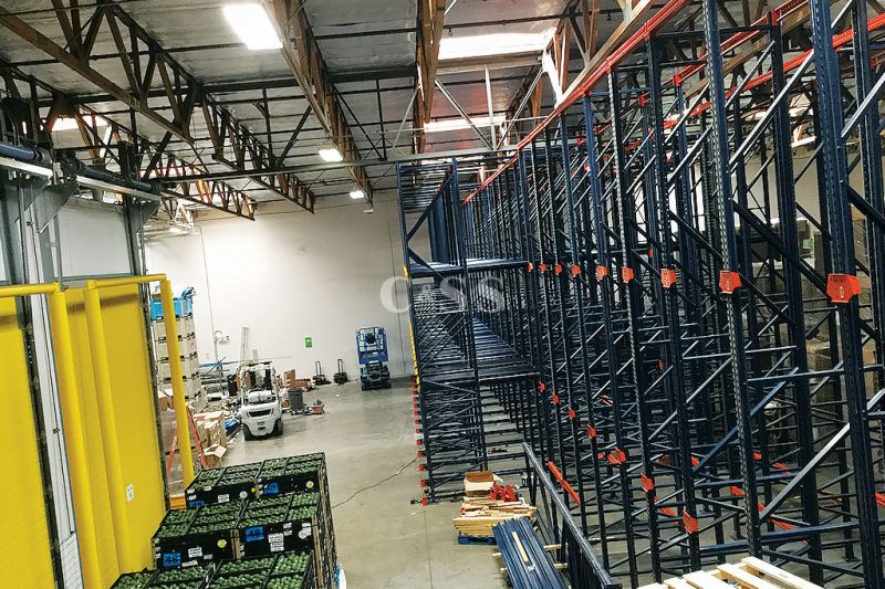 Drive In Pallet Racking System To Preserve Business Produce