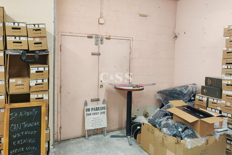Boltless Industrial Shelving for Employee Safety